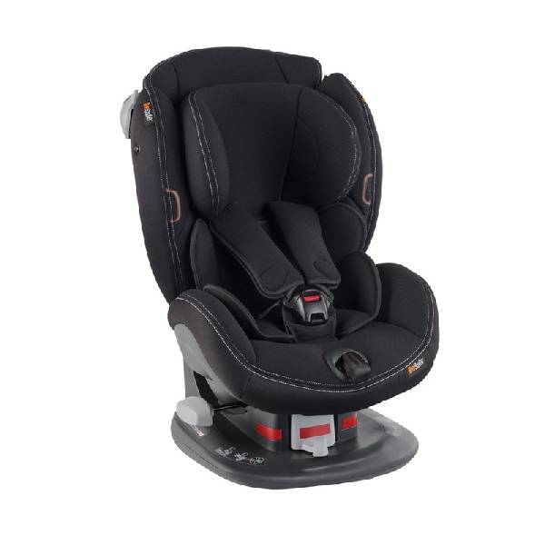 BeSafe Izi Comfort X3 autósülés fekete 66 9-18 kg
