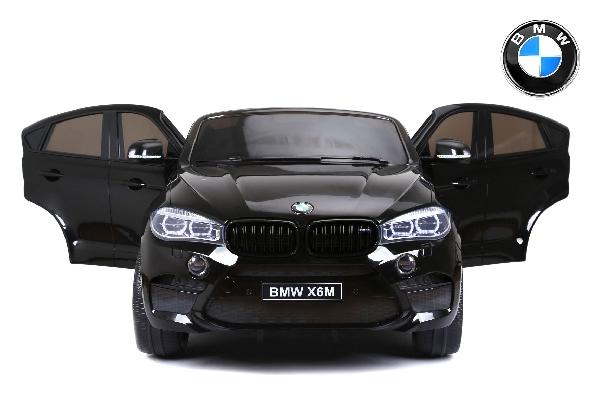Elektromos kisautó BMW X6 M, 2 személyes, 12V, 2,4 GHz távirányító, LAKKOZOTT ,elektromos fék, nyitható ajtók, EVA kerekek, bőr ülés, 2 X MOTOR, fekete, Eredeti Liszensz